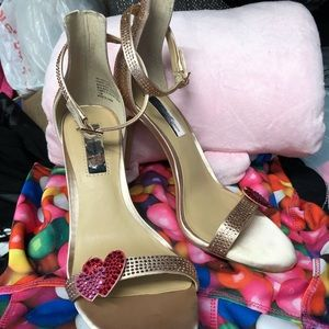 INC crystal heart heels. NWT rose gold valentines